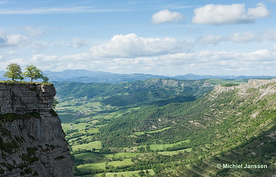 View north from Monte Santiago near Salto del Nervión